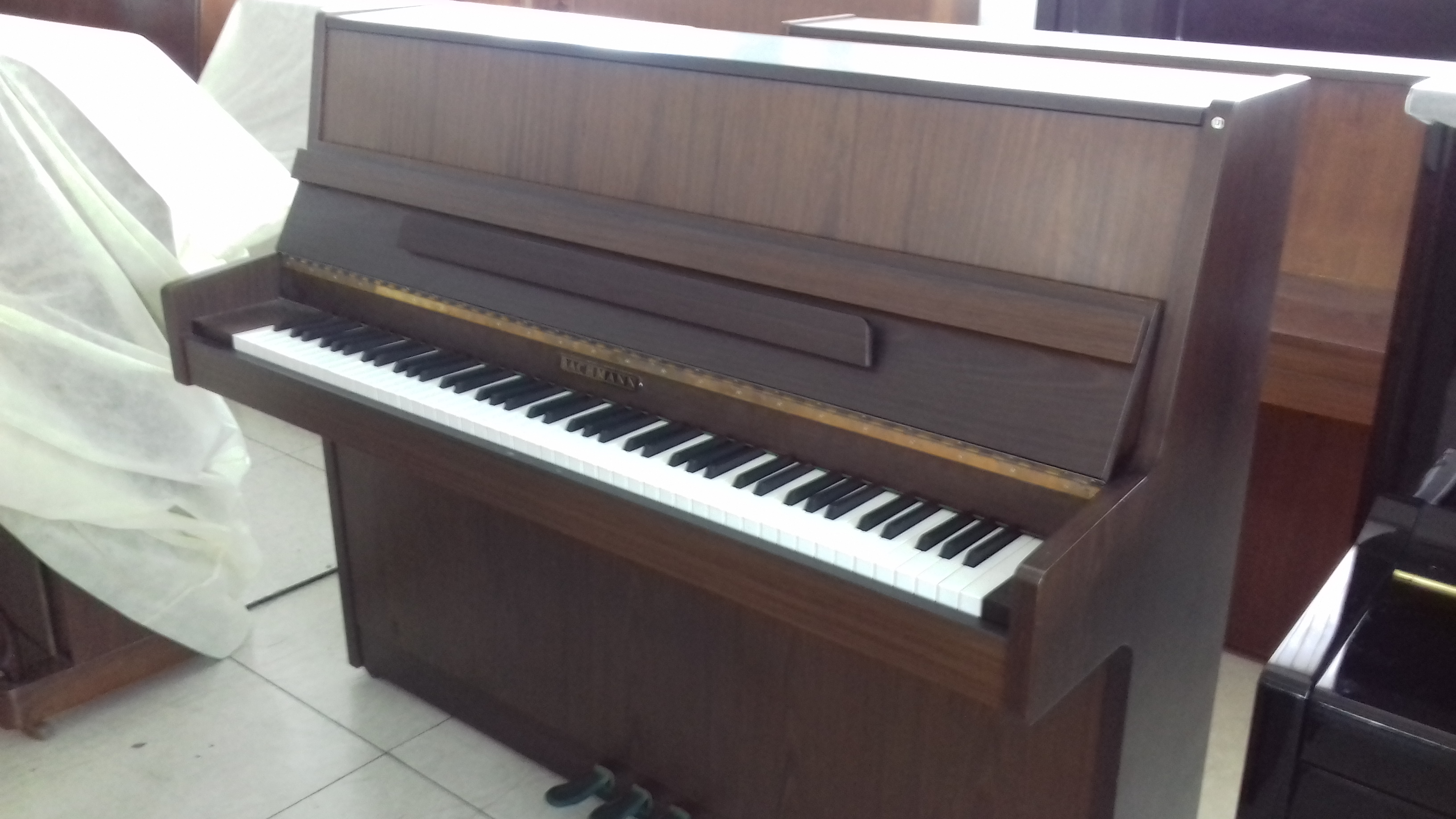 usati: Pianoforte verticale Bachmann